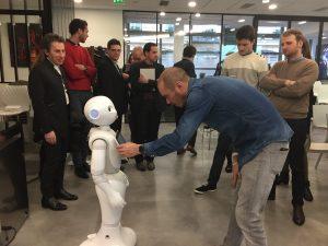 Nicolas Rigaud et le robot humanoïde Pepper